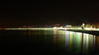 Promenade des anglais de nuit by lona green butterfly 1